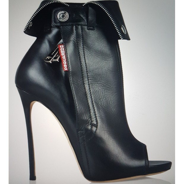 BOOTS  DSQUARED2